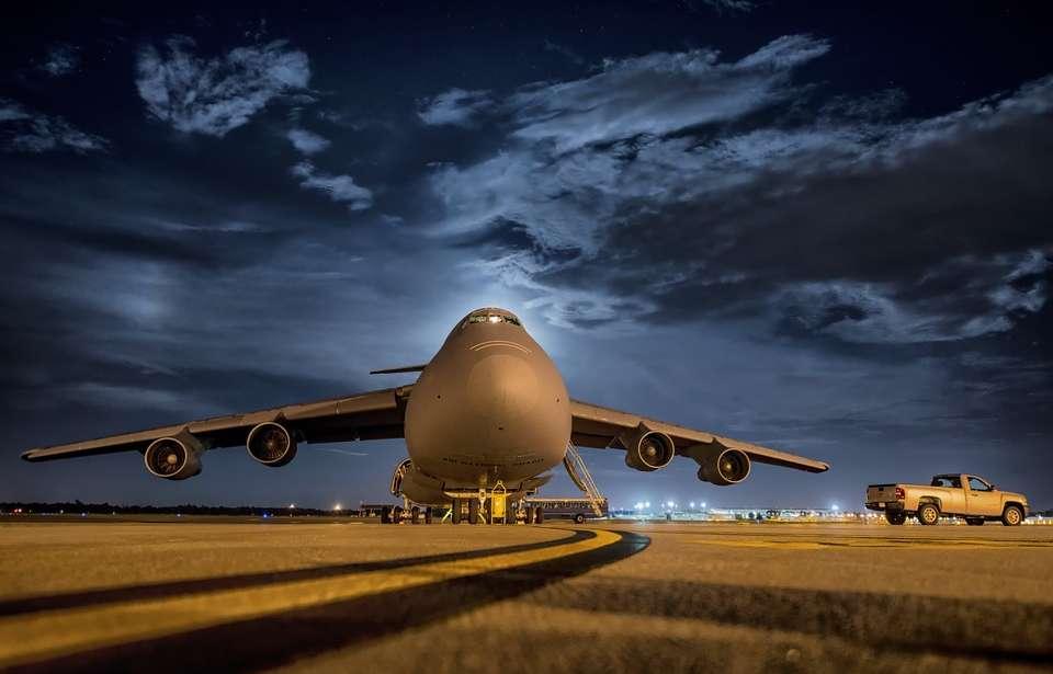 Ventajas del transporte aéreo para tu mudanza internacional